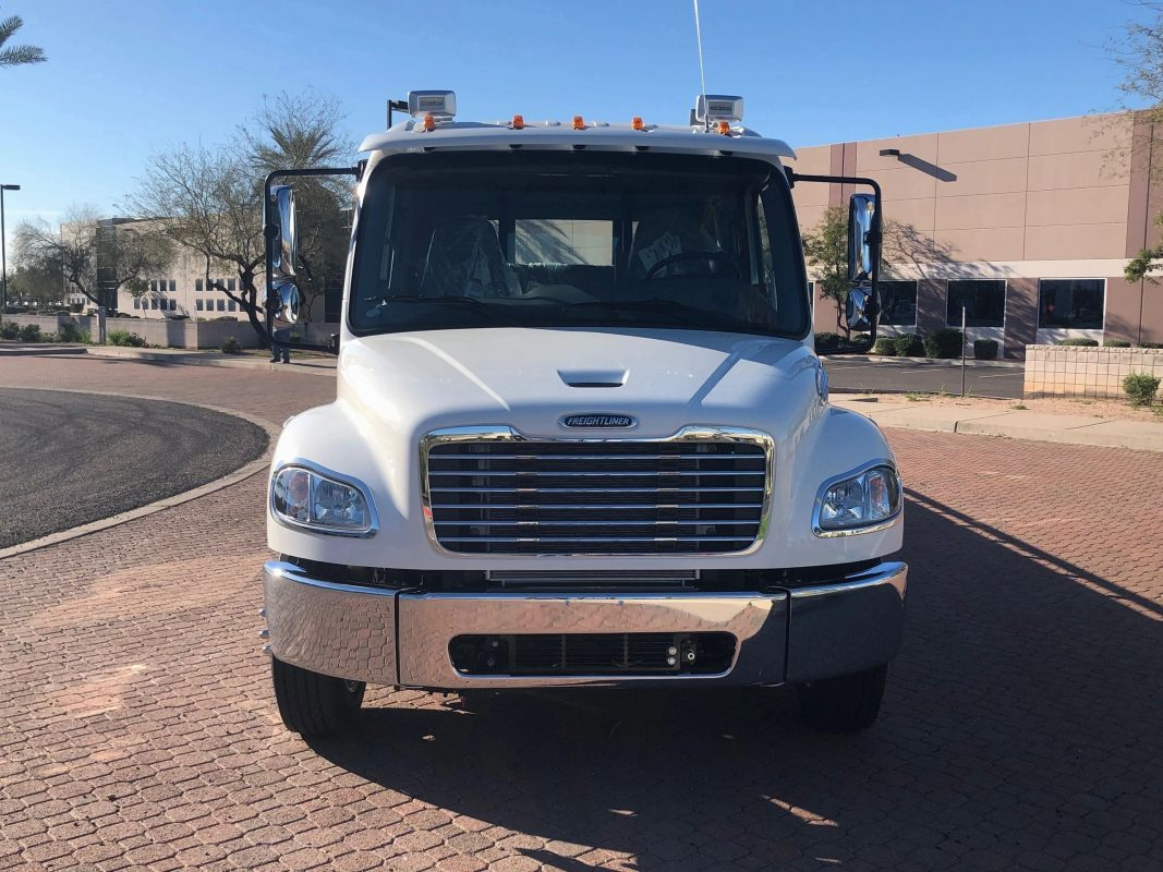2021 Freightliner Ext Cab Front